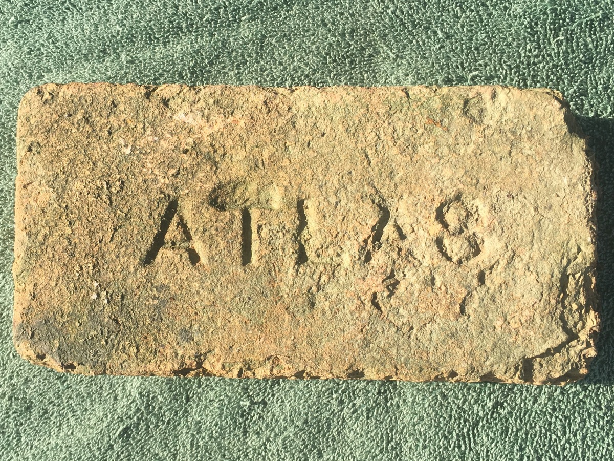 Atlas Brick