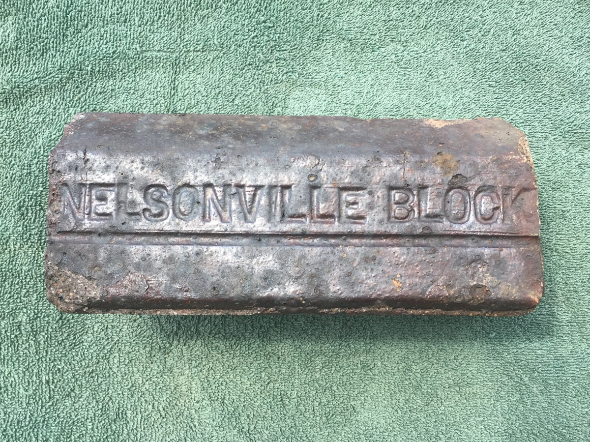 Beveled Nelsonville Block