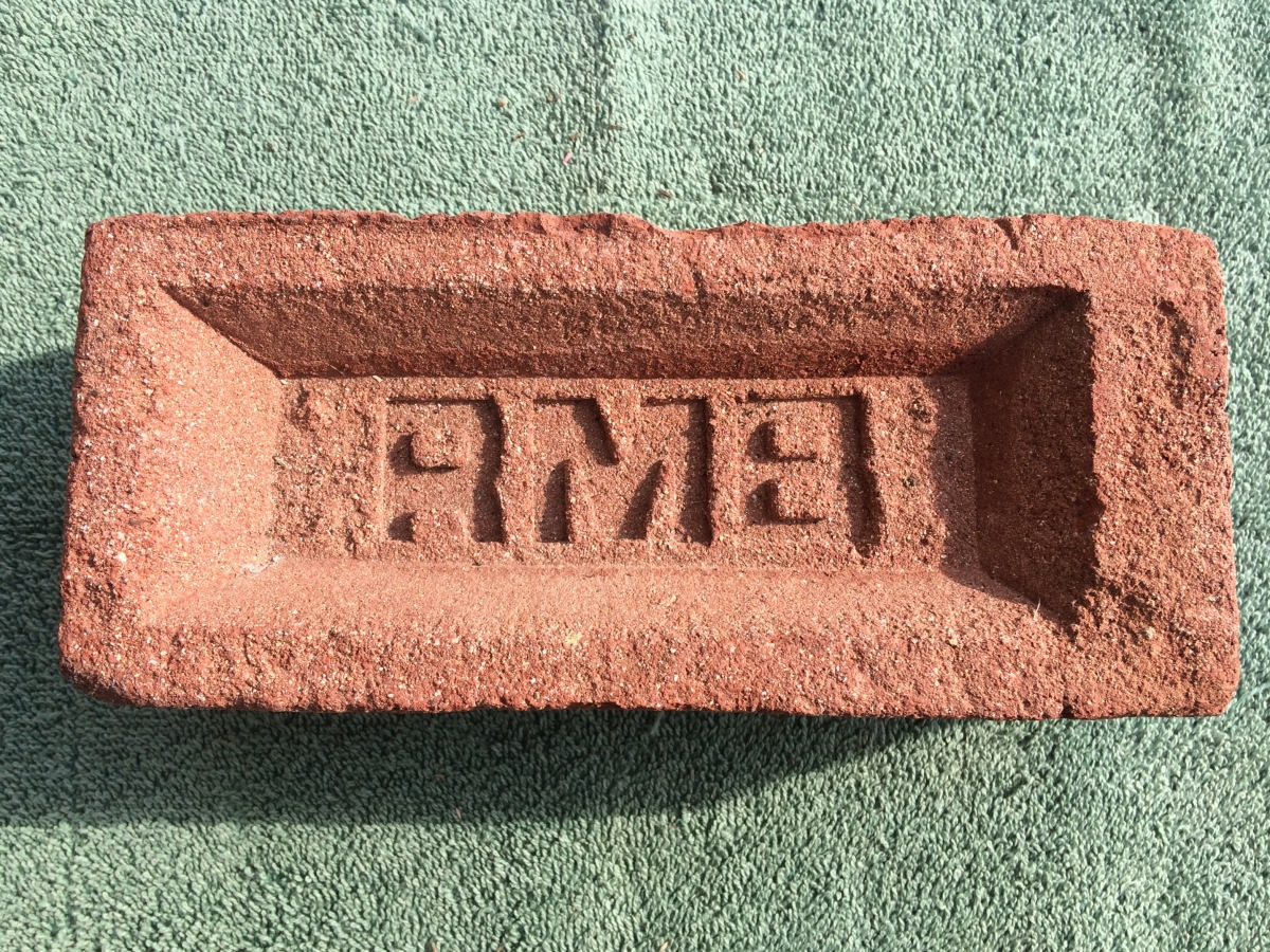 RMB Brick